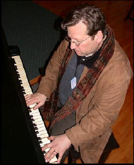 Martin_schwartz_piano_player